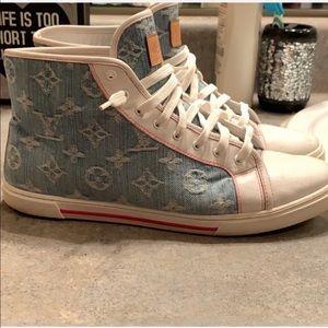 Cute Louis Vuitton denim sneakers